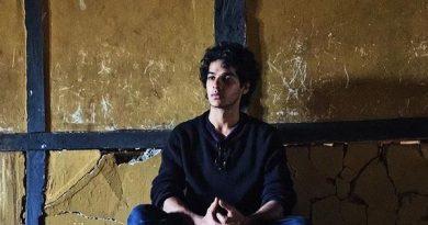 Ishaan Khatter Biography