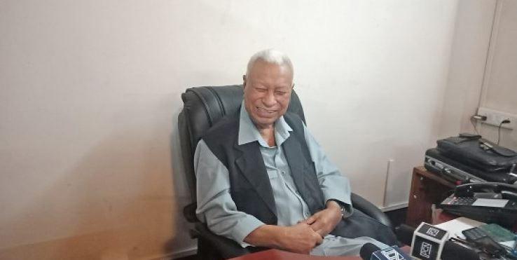 D. D. Lapang Biography