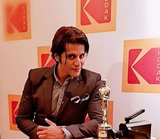 Karanvir Bohra Biography